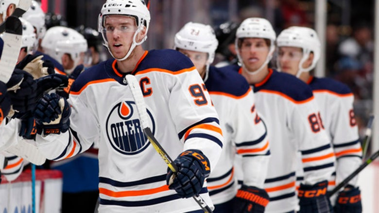 Connor McDavid has hat trick, Oilers top Avs 4-2