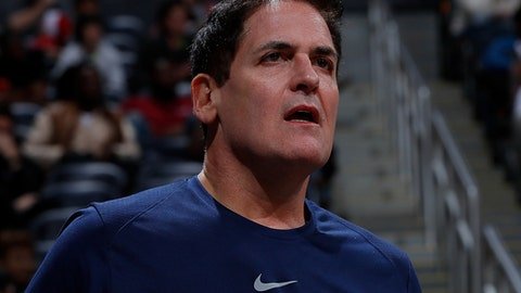 ATLANTA, GA - DECEMBER 23:  Mark Cuban, owner of the Dallas Mavericks, reacts during the game against the Atlanta Hawks at Philips Arena on December 23, 2017 in Atlanta, Georgia.  (Photo by Kevin C. Cox/Getty Images)