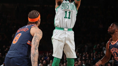 NEW YORK, NY - FEBRUARY 24:  Kyrie Irving #11 of the Boston Celtics shoots the ball against the New York Knicks on February 24, 2018 at Madison Square Garden in New York, New York. (Photo by Nathaniel S. Butler/NBAE via Getty Images)