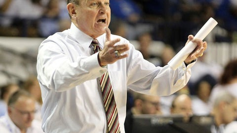 Mississippi State head coach Vic Schaefer instructs his team during the third quarter of an NCAA college basketball game, Sunday, Feb. 25, 2018, in Lexington, Ky. Mississippi State won 85-63. (AP Photo/James Crisp)