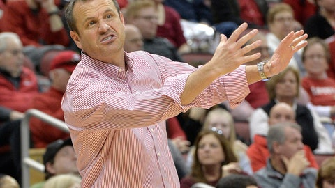 Louisville head coach Jeff Walz gives instructions to his team during the first half of an NCAA college basketball game against Pittsburgh, Sunday, Feb. 25, 2018, in Louisville, Ky. (AP Photo/Timothy D. Easley)