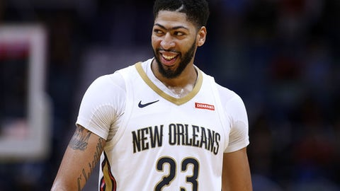 NEW ORLEANS, LA - FEBRUARY 26:  Anthony Davis #23 of the New Orleans Pelicans reacts during the second half against the Phoenix Suns at the Smoothie King Center on February 26, 2018 in New Orleans, Louisiana. (Photo by Jonathan Bachman/Getty Images)