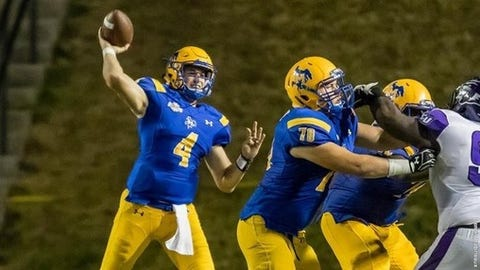 <p>(STATS) - The Southland Conference race was strong last season and should get even hotter this year.</p><p>Central Arkansas, which swept its way to the title, and FCS playoff semifinalist Sam Houston State might come back to the pack this season following the loss of dominant quarterbacks. Other programs are anxious to reel them in, too.</p><p>Nicholls played its way into the postseason for the first time in 12 years, McNeese thought it should have been there and Southeastern Louisiana has been in the picture in recent years as well.</p><p>Following is a look across the Southland with spring practices underway in college football:</p><p>---=</p><p>ABILENE CHRISTIAN</p><p>HEAD COACH: Adam Dorrel (2-9, one season; 78-17 overall)</p><p>2017 RECORDS: 2-7, 2-9 Southland (8th)</p><p>SPRING PRACTICES: March 1-April 6</p><p>WHAT TO KNOW: The Wildcats hope Dorrel is in it for the long haul, but he wants to expedite the program's growth. He's signed 15 junior college or Division I transfers already, with the possibility of a couple more linemen after spring practice. In his second season, everybody should feel more comfortable in Dorrel's system. Veteran quarterback Dallas Sealey has transferred out of the program, having lost the starting job to gunslinger Luke Anthony. The Wildcats getting better up front will aid Anthony's development as a sophomore. They return 10 starters - five on each side of the ball.</p><p>---=</p><p>CENTRAL ARKANSAS</p><p>HEAD COACH: Nathan Brown (first season)</p><p>2017 RECORDS: 10-2, 9-0 Southland (1st)</p><p>SPRING PRACTICES: March 3-April 7</p><p>WHAT TO KNOW: The Southland champs disappointed in the playoffs while former coach Steve Campbell was said to be preoccupied with the South Alabama opening. He departed right after the season and is succeeded by Brown, who starred at quarterback as a Bear. His offensive coordinator is former Abilene Christian coach Ken Collums. The Bears are replacing numerous seniors, including quarterback and Sout