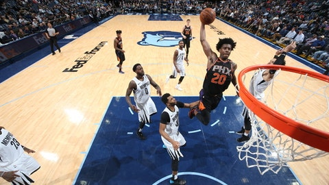 MEMPHIS, TN - FEBRUARY 28:  Josh Jackson #20 of the Phoenix Suns drives to the basket against the Memphis Grizzlies on February 28, 2018 at FedExForum in Memphis, Tennessee. (Photo by Joe Murphy/NBAE via Getty Images)