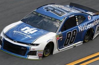 Alex Bowman wins pole position | 2018 DAYTONA 500 | FOX NASCAR