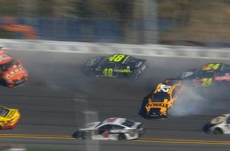Johnson, Byron, & Suárez wreck as Busch wins stage 1 | 2018 DAYTONA 500 | FOX NASCAR