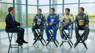 Jeff Gordon talks with all four Hendrick drivers about the new team dynamic for 2018