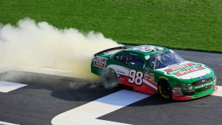 Kevin Harvick cruises to the win in Atlanta | 2018 NASCAR XFINITY SERIES | FOX NASCAR