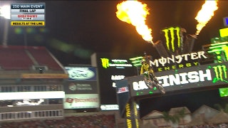 Austin Forkner wins 250 East main event at Tampa | 2018 MONSTER ENERGY SUPERCROSS