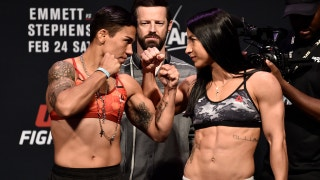 Jessica Andrade vs Tecia Torres face-off | WEIGH-IN | UFC on FOX