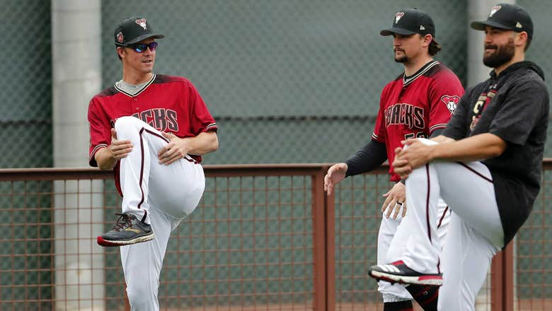 Greinke takes wait-and-see attitude to Chase Field humidor