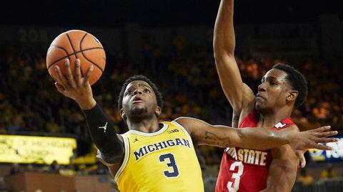 No. 2/1 Michigan State Plays at Northwestern on Saturday