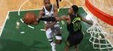 Middleton leads sluggish Bucks past Hawks