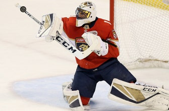 Panthers slip up in 3rd period, fall at home to Oilers