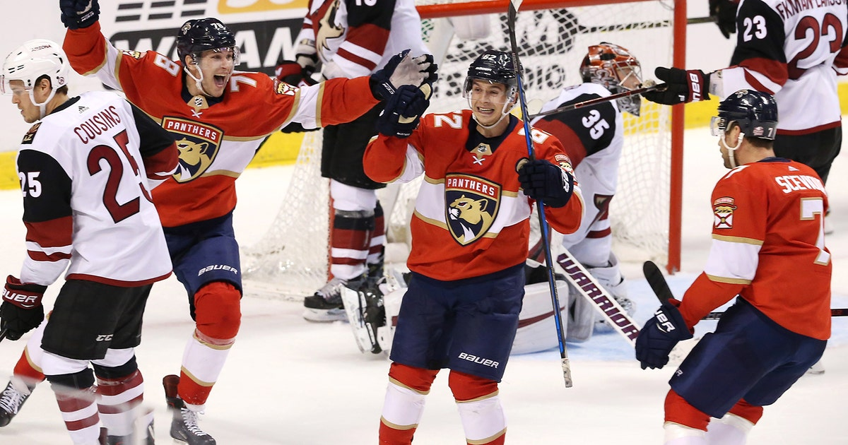 Panthers erupt for 4 goals in 3rd to defeat Coyotes
