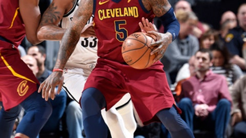 CLEVELAND, OH - FEBRUARY 27: JR Smith #5 of the Cleveland Cavaliers handles the ball against the Brooklyn Nets on February 27, 2018 at Quicken Loans Arena in Cleveland, Ohio. (Photo by David Liam Kyle/NBAE via Getty Images)