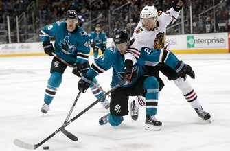 Pavelski scores twice in Sharks' 7-2 win over Blackhawks
