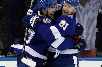 Stamkos has career-high 5 points as Lightning outlast Flyers