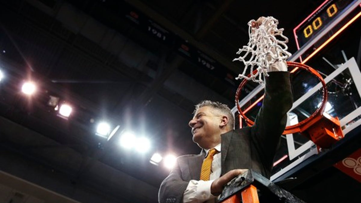 No. 19 Auburn's Pearl back in tourney despite uncertain fate
