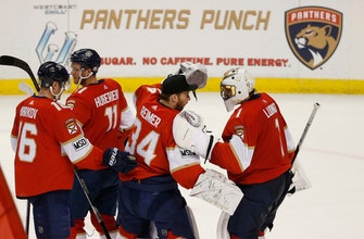 Dadanov leads Panthers to 6th straight win, 4-1 over Flyers