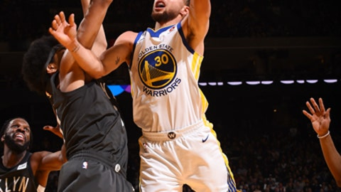 Warriors lose Curry early against Spurs, then Durant leads fourth-quarter comeback