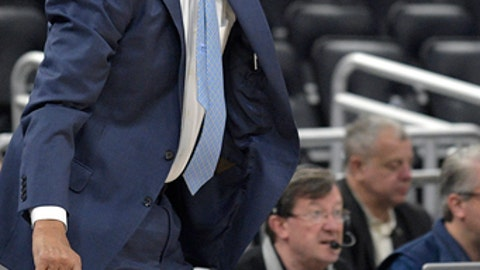 Memphis head coach Tubby Smith calls out instructions during the second half of an NCAA college basketball game against Tulsa in the quarterfinals of the American Athletic Conference tournament Friday, March 9, 2018, in Orlando, Fla. Memphis won 67-64. (AP Photo/Phelan M. Ebenhack)