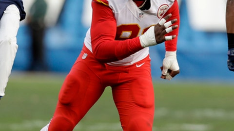 Kansas City Chiefs outside linebacker Tamba Hali (91) during an NFL football game against the San Diego Chargers Sunday, Jan. 1, 2017, in San Diego. (AP Photo/Rick Scuteri)