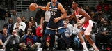 KAT hit in face, scores 37 to lead Wolves past Wiz 116-111