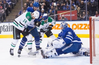 Maple Leafs rally past Stars in SO for 11th straight at home