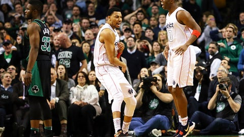 BOSTON, MA - MARCH 14:  Otto Porter Jr. #22 and Jodie Meeks #20 of the Washington Wizards react in the fourth quarter of a game against the Boston Celtics at TD Garden on March 14, 2018 in Boston, Massachusetts. (Photo by Adam Glanzman/Getty Images)