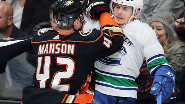 Ducks extend Canucks' scoreless streak with 3-0 win
