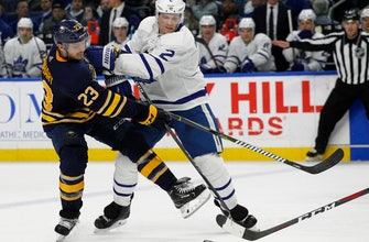 Van Riemsdyk scores twice, Leafs beat Sabres 5-2