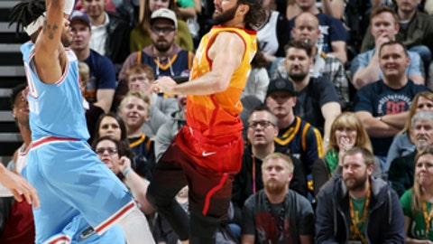 SALT LAKE CITY, UT - MARCH 17: Ricky Rubio #3 of the Utah Jazz passes the ball against the Sacramento Kings on March 17, 2018 at vivint.SmartHome Arena in Salt Lake City, Utah. (Photo by Melissa Majchrzak/NBAE via Getty Images)