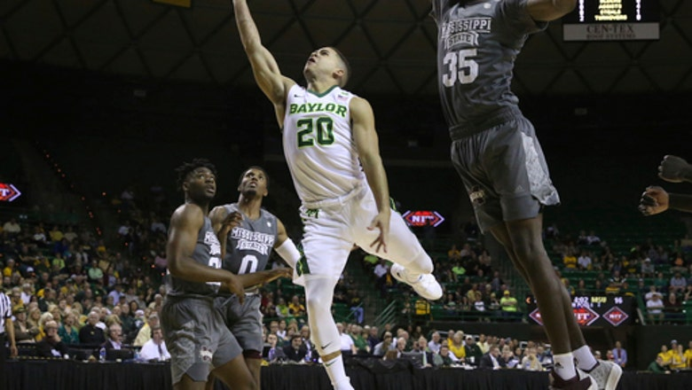 Weatherspoon hits 3 at buzzer, Mississippi State advances