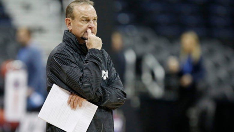 The Latest: Mississippi St-Louisville, UConn-ND Final Four