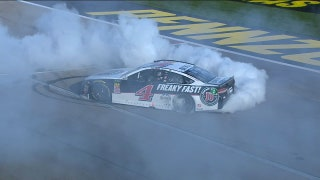 Kevin Harvick scores second-straight dominating win | 2018 LAS VEGAS | FOX NASCAR