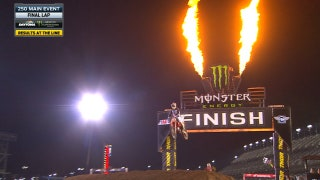 Jordon Smith wins the 250 main in Daytona | 2018 MONSTER ENERGY SUPERCROSS