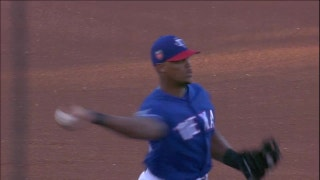 Adrian Beltre treats Rangers minor leaguers to dinner
