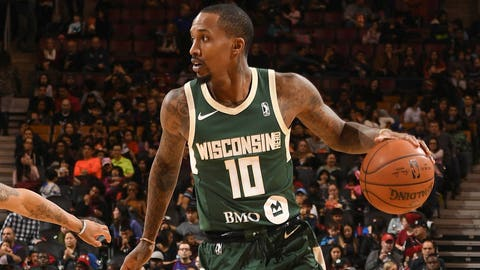 Bucks guard Brandon Jennings' near triple-double performance vs. Grizzlies