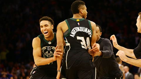 Antetokounmpo, Bucks overpower Knicks