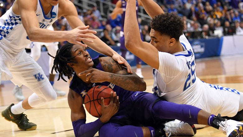 """Gritty"" Kansas State gets it done again against Kentucky"