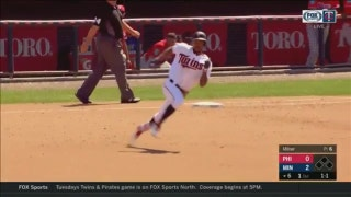WATCH: Adrianza, Buxton hit triples vs. Phillies