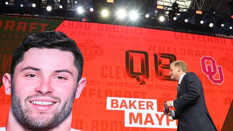 Apr 26, 2018; Arlington, TX, USA; NFL commissioner commissioner Roger Goodell walks off stage as Baker Mayfield is selected as the number one overall pick to the Cleveland Browns in the first round of the 2018 NFL Draft at AT&T Stadium. Mandatory Credit: Matthew Emmons-USA TODAY Sports