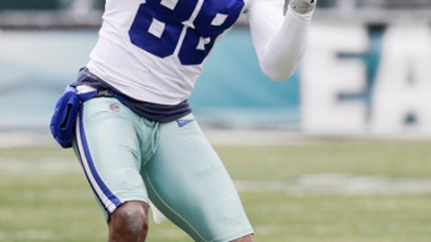 Dallas Cowboys' Dez Bryant in action during an NFL football game against the Philadelphia Eagles, Sunday, Dec. 31, 2017, in Philadelphia. Dallas won 6-0. (AP Photo/Chris Szagola)