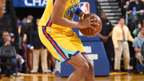 OAKLAND, CA - MARCH 29: Patrick McCaw #0 of the Golden State Warriors handles the ball during the game against the Milwaukee Bucks on March 29, 2018 at ORACLE Arena in Oakland, California. (Photo by Andrew D. Bernstein/NBAE via Getty Images)