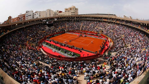 A World Group Quarter final Davis Cup tennis match takes place between Germany's Alexander Zverev and Spain's David Ferrer at the bullring in Valencia, Spain, Friday April 6, 2018. (AP Photo/Alberto Saiz)