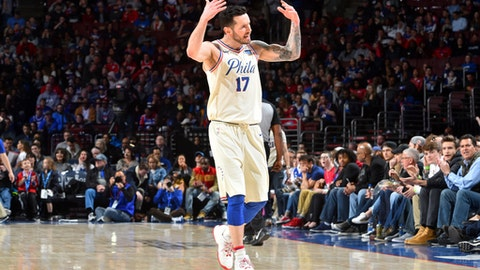 PHILADELPHIA, PA - APRIL 8: JJ Redick #17 of the Philadelphia 76ers pumps up the crowd during the game against the Dallas Mavericks on April 8, 2018 at Wells Fargo Center in Philadelphia, Pennsylvania. (Photo by Jesse D. Garrabrant/NBAE via Getty Images)