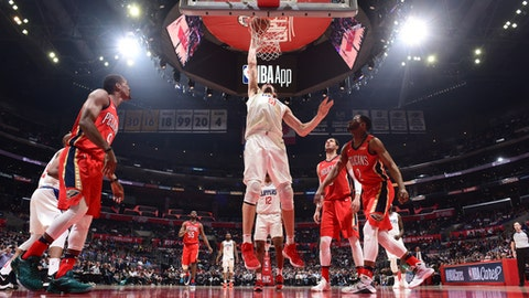 LOS ANGELES, CA - APRIL 9: Boban Marjanovic #51 of the LA Clippers goes to the basket against the LA Clippers on April 9, 2018 at STAPLES Center in Los Angeles, California. (Photo by Andrew D. Bernstein/NBAE via Getty Images)