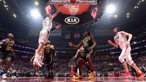 LOS ANGELES, CA - APRIL 11: Sam Dekker #7 of the LA Clippers goes to the basket against the Los Angeles Lakers on April 11, 2018 at STAPLES Center in Los Angeles, California. (Photo by Adam Pantozzi/NBAE via Getty Images)
