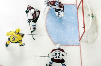 Forsberg scores twice in 3rd as Preds rally, beat Avs 5-2